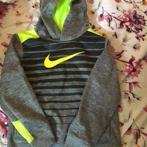 Boys Nike hoodie size 7